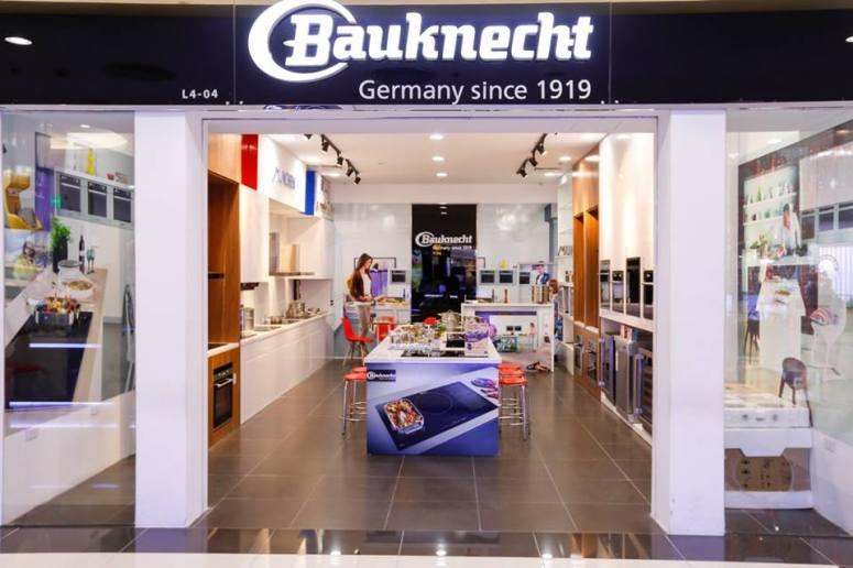 Showroom bếp từ Bauknecht